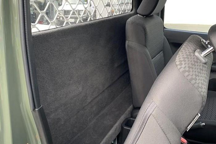Suzuki Jimny độ bán tải nhỏ gọn giá bán hơn nửa tỉ đồng - ảnh 4