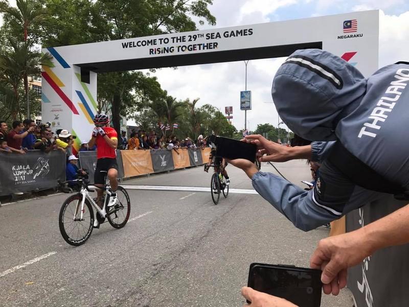 Tay đua Nguyễn Thị Thật đoạt thêm HCV đồng hàng nữ - ảnh 2