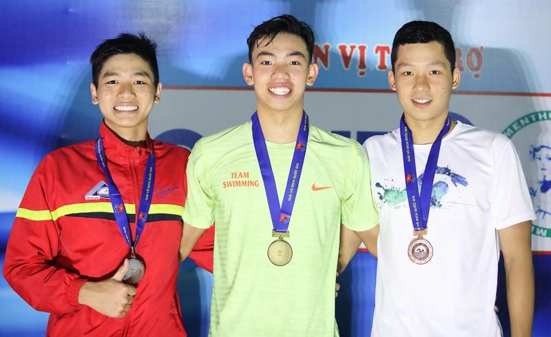 Nguyễn Huy Hoàng hoàn tất hat trick kỷ lục quốc gia - ảnh 3