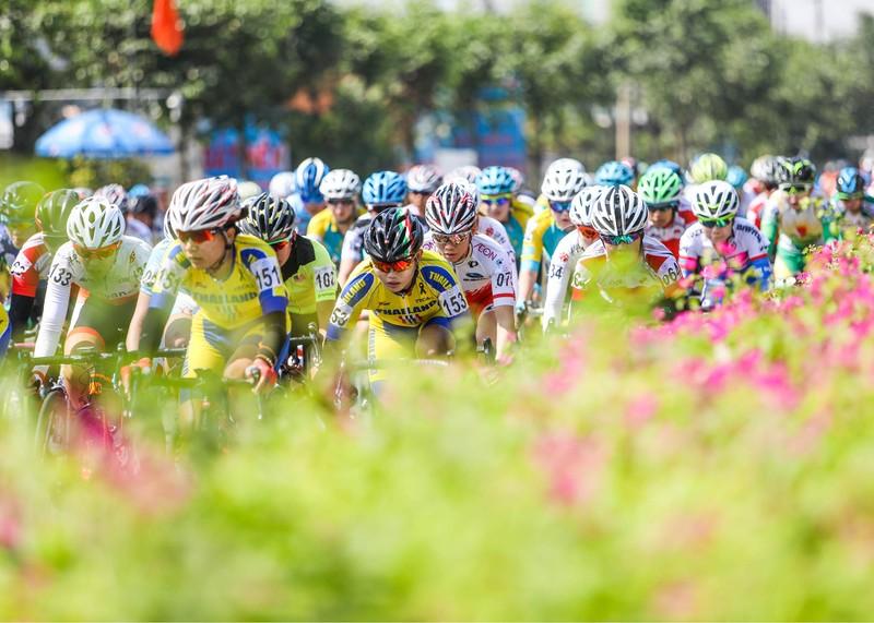 Vắng Nguyễn Thị Thật, Jutatip chiến thắng giải Biwase - ảnh 6