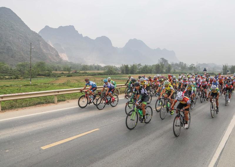 Nguyễn Thành Tâm mất ngôi áo xanh về tay Lê Nguyệt Minh - ảnh 1