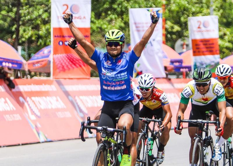 Lê Nguyệt Minh thắng chặng đua dài nhất Cúp Truyền hình - ảnh 1
