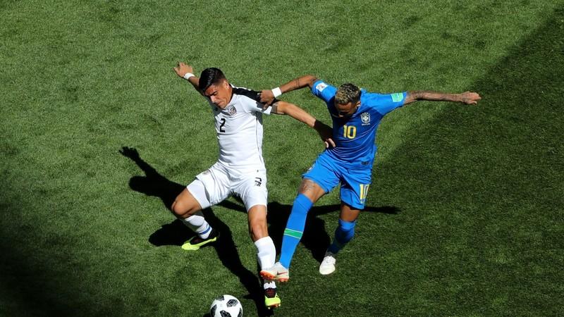 Chuyển động World Cup: Trọng tài Hà Lan suýt bị Neymar lừa - ảnh 1