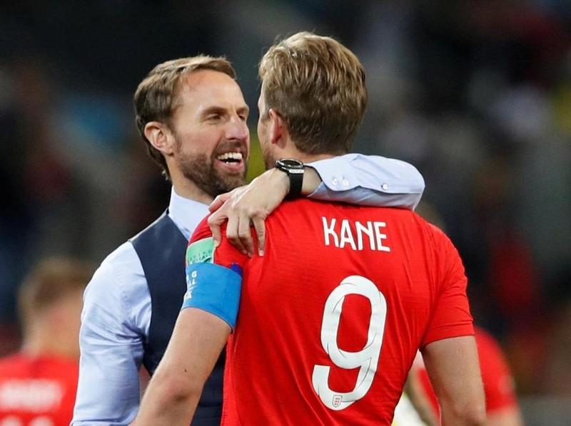 Chuyển động World Cup: Gary Neville bị chỉ trích 'hai mặt' - ảnh 7