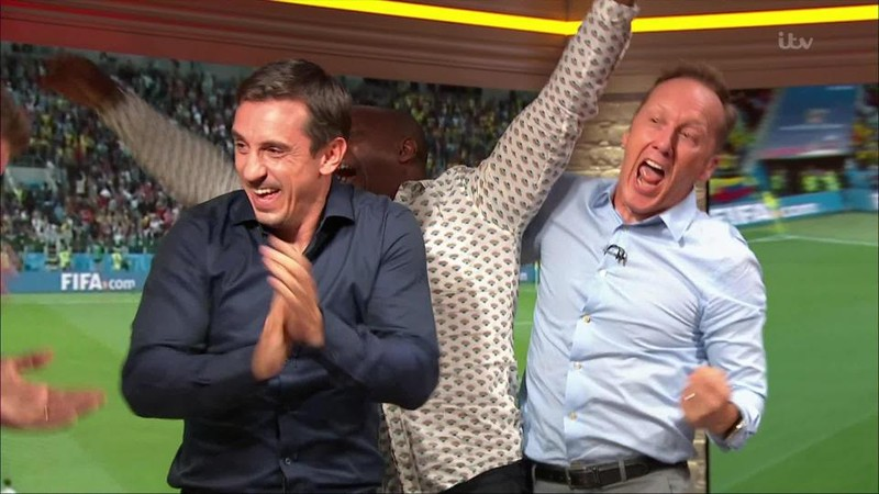 Chuyển động World Cup: Gary Neville bị chỉ trích 'hai mặt' - ảnh 3