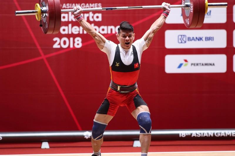 Kém Om Yun Chol 7 kg, Thạch Kim Tuấn đoạt HCB Asiad 18 - ảnh 1