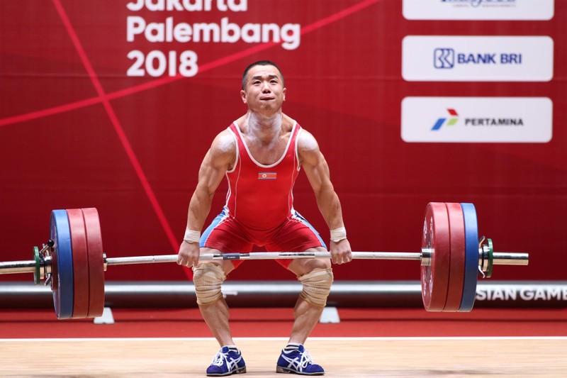 Kém Om Yun Chol 7 kg, Thạch Kim Tuấn đoạt HCB Asiad 18 - ảnh 3