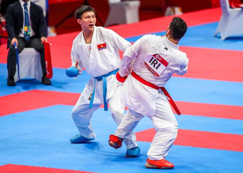 Võ sĩ karate Nguyễn Minh Phụng đổ máu đoạt HCB Asiad - ảnh 4