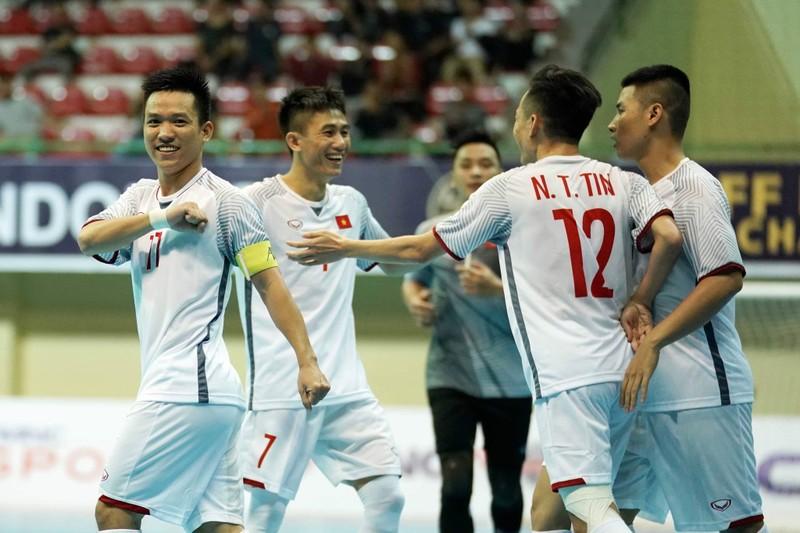 Thất bại trước Thái Lan, Việt Nam đối đầu Malaysia ở bán kết - ảnh 1