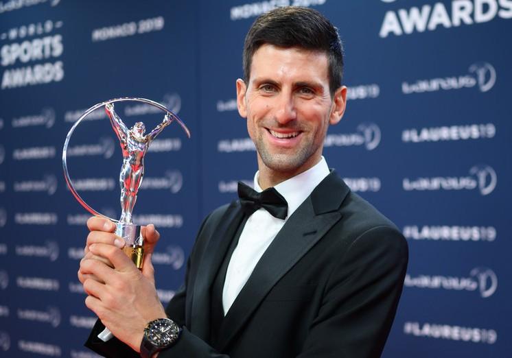 Djokovic lần thứ tư đoạt 'Oscar thể thao', Solskajer than trời - ảnh 1