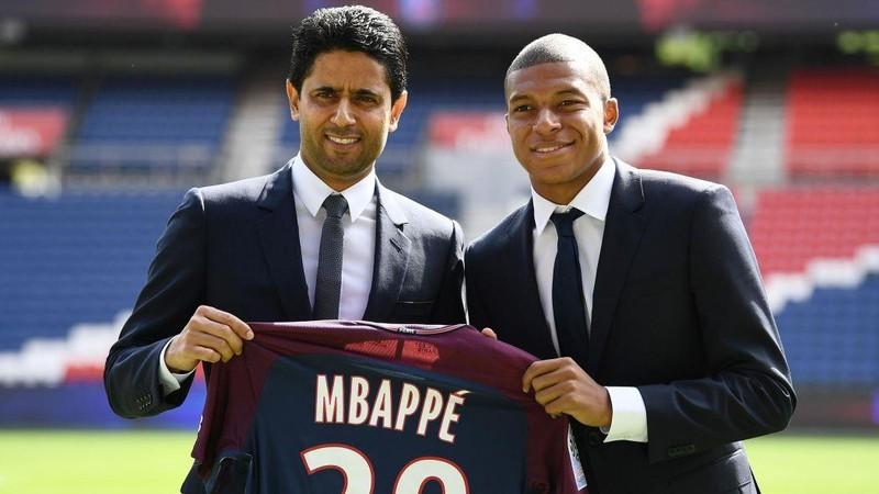 1 tỉ euro cũng không bán Mbappe, Schalke sa thải HLV Tedesco - ảnh 1
