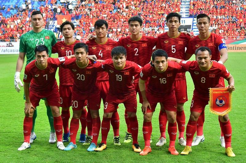 Việt Nam lên hạng 98 thế giới sau 16 năm, Maradona dính 'phốt' - ảnh 1