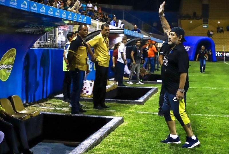 Lukaku rời MU, Everton nhận 5 triệu bảng, Maradona dọa bỏ CLB - ảnh 2