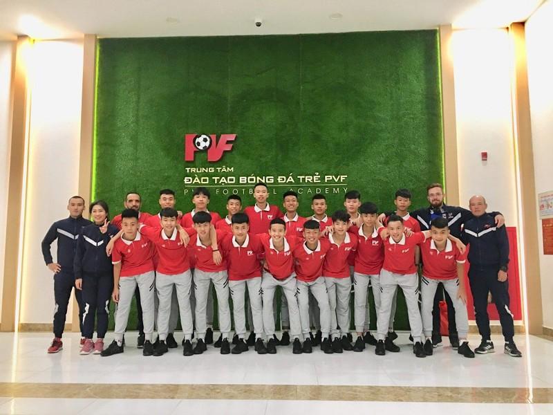 Công Phượng lạc bước ở Incheon, bóng đá trẻ VN du đấu châu Âu - ảnh 1