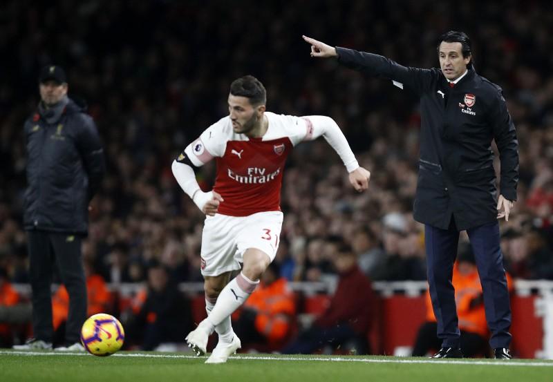 Tỉ phú Nga vẫn tha thiết Chelsea, Arsenal nhận 'tối hậu thư' - ảnh 1