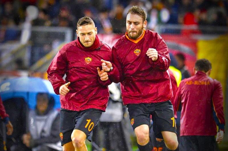 Totti: Có người đâm sau lưng tôi; Hà Nội đè bẹp TP.HCM II - ảnh 2