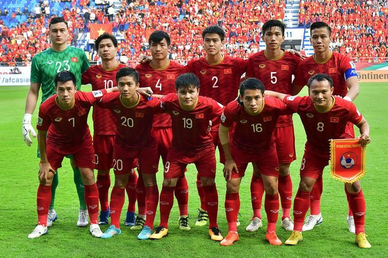 Việt Nam sụt hạng FIFA; Đồng đội Salah bị loại khỏi CAN - ảnh 3