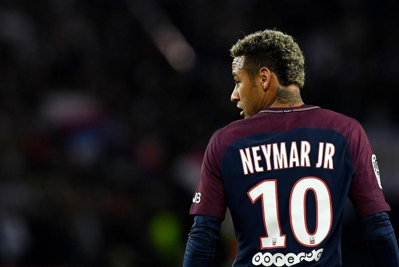 PSG rao bán Neymar; Federer trước trận thắng Wimbledon thứ 100 - ảnh 2