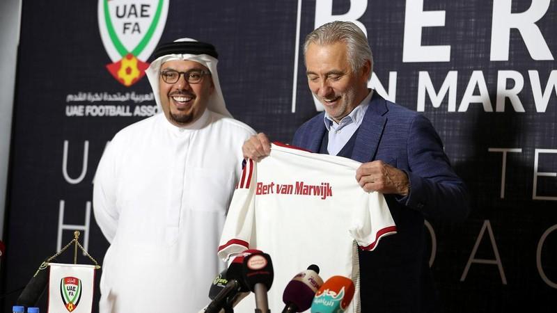 UAE dè chừng sức phản công của Việt Nam, Arsenal hạ Bayern - ảnh 1