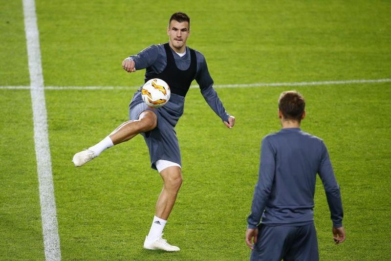 Lý do Bale không thể đến Trung Quốc; Thai-League cũng thua lỗ - ảnh 4