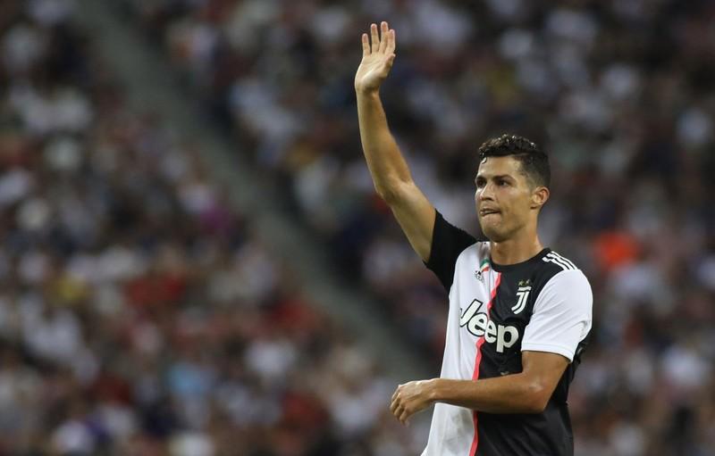 Ribery đút túi 8 triệu euro; Ronaldo mập mờ chuyện treo giày - ảnh 5