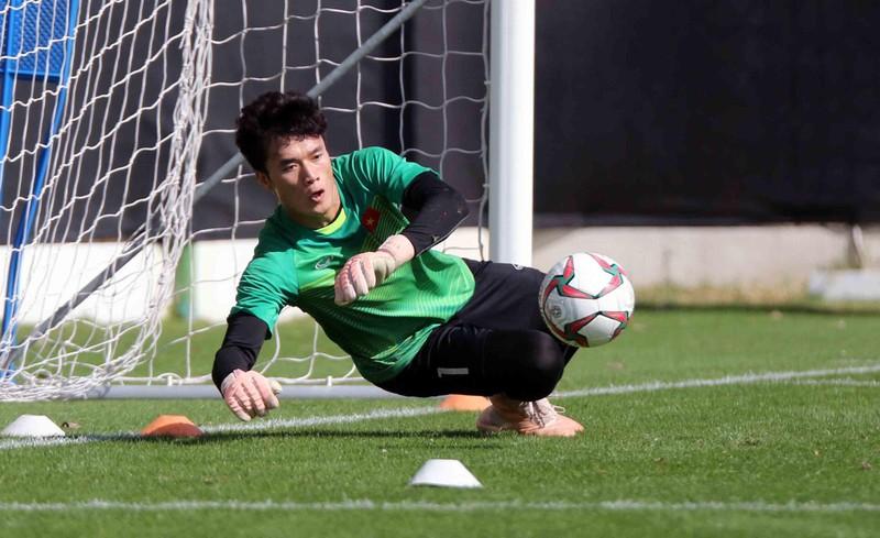 Sao trẻ Real đối đầu U-22 Việt Nam; Chelsea tổn thất lực lượng - ảnh 4