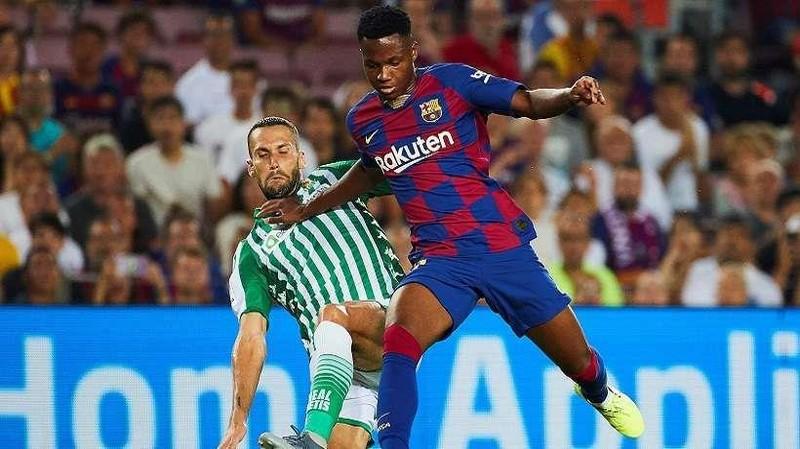 PSG định đoạt tương lai của Neymar; Sao trẻ Barca lập kỷ lục - ảnh 4