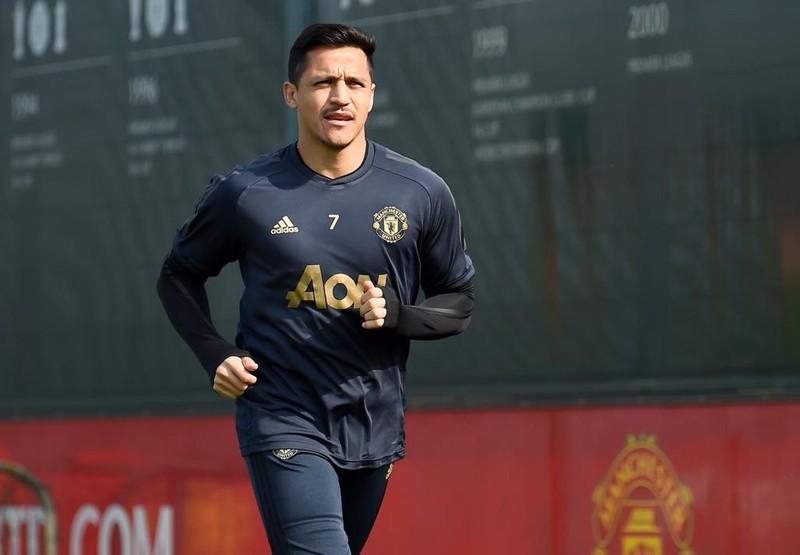 MU gật đầu, Sanchez gia nhập Inter; Rooney bị MLS phạt nguội - ảnh 1