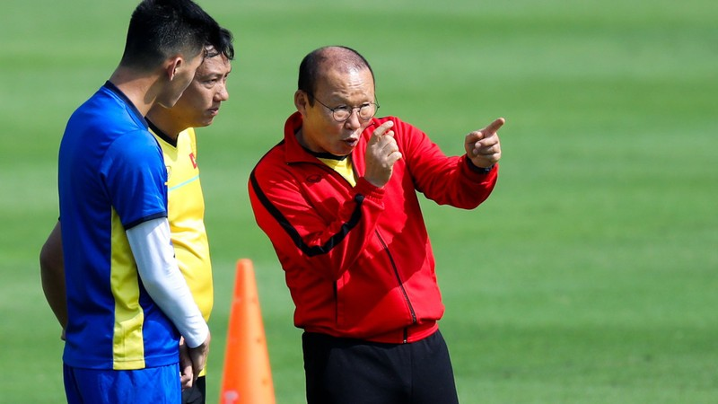 Thầy Park: Malaysia mạnh hơn kỳ AFF Cup; Quang Liêm và 'dớp' - ảnh 1