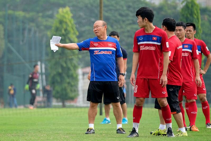 Thầy Park: Malaysia mạnh hơn kỳ AFF Cup; Quang Liêm và 'dớp' - ảnh 2