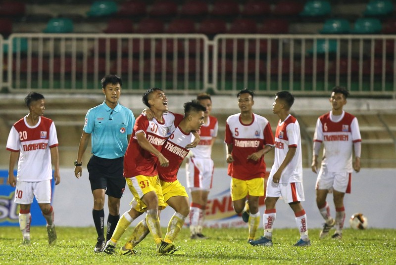 Indonesia hạn chế vé bán cho CĐV Việt Nam, HA Gia Lai thua đậm - ảnh 5