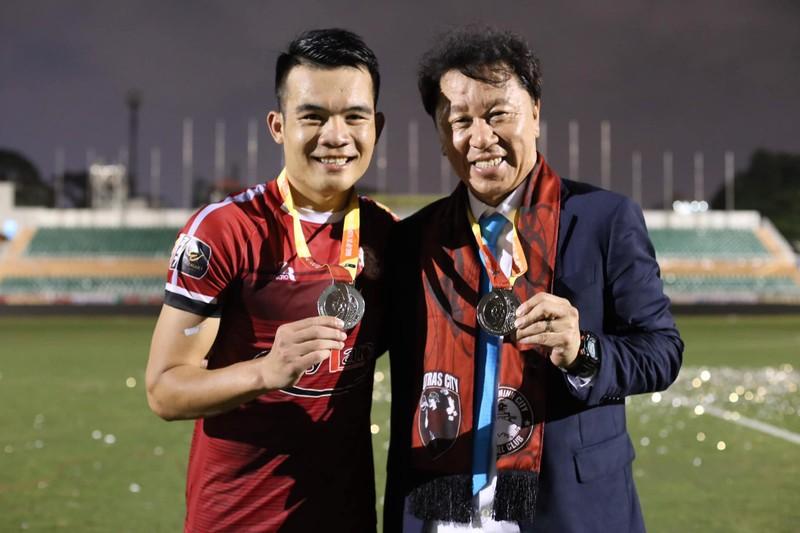 Đồng hương thầy Park là HLV hay nhất V-League; UAE gặp rắc rối - ảnh 4