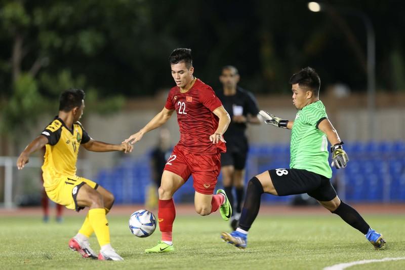 CĐV Hàn Quốc xem Việt Nam đấu SEA Games 30; Alonso trắng án - ảnh 2