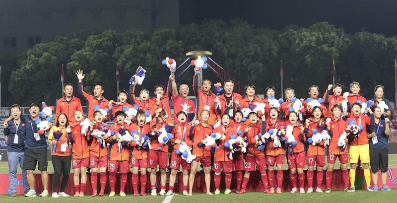 Hàn Quốc chào đón thầy Park và U-23; Đội nữ Việt Nam tăng hạng - ảnh 4