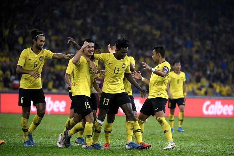 Đối thủ của U-23 Việt Nam mất thêm chủ lực; Mourinho ca thán - ảnh 3