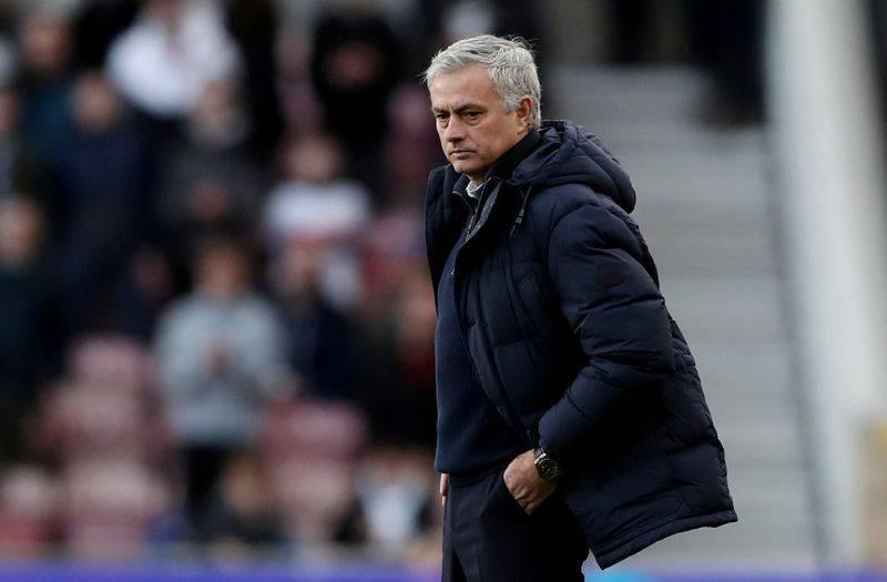 Tiền vệ Việt Nam quyết hạ Jordan; Mourinho, Spurs hết tiền đạo - ảnh 4