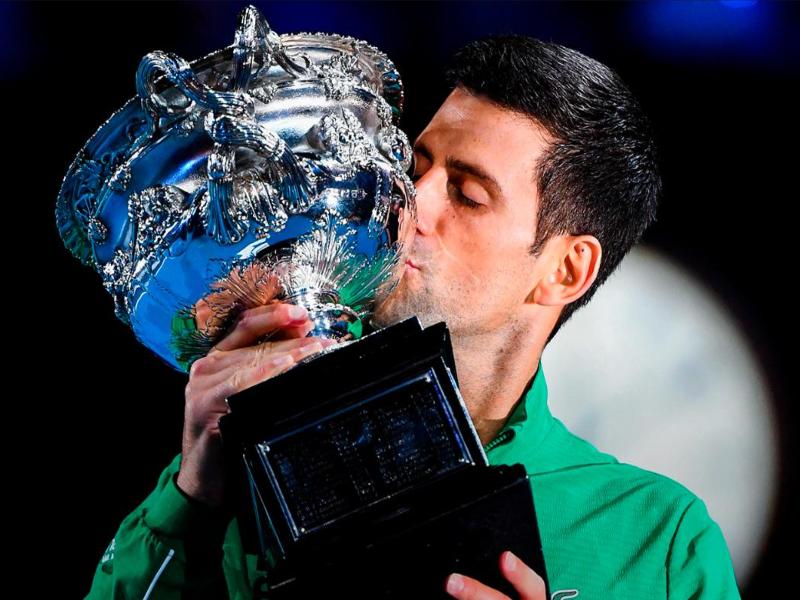 Djokovic vượt Nadal chiếm ngôi số 1 thế giới - ảnh 2