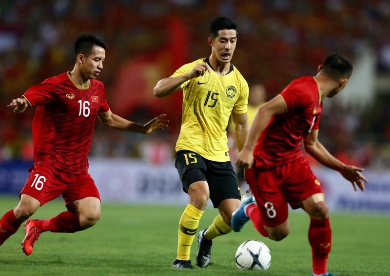 Tuyển Việt Nam hội quân tại TP.HCM; FIFA cảnh cáo Thái Lan - ảnh 3