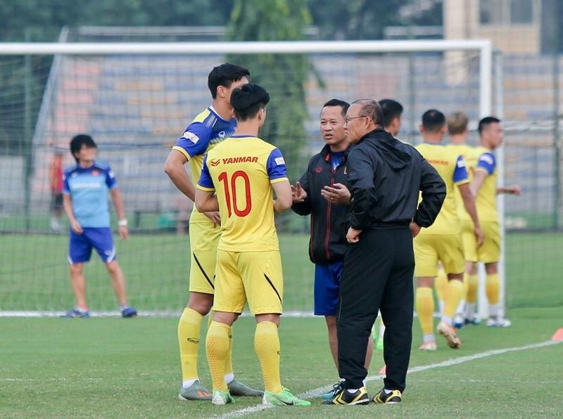 Thầy Park đến từ 'tâm dịch' COVID-19; Đổi giờ đấu Úc-Việt Nam - ảnh 2