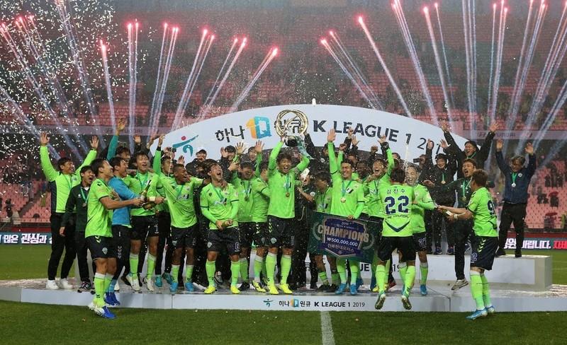 Video Công Phượng 'khai hỏa'; K-League bị hoãn vô thời hạn - ảnh 4