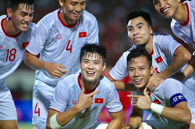 Indo tuyên bố hoãn trận gặp Việt Nam; Olympic 2020 bị đe dọa - ảnh 2