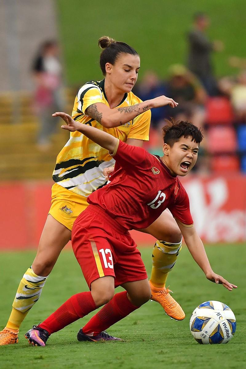 V-League 'sáng đèn' trên sân không CĐV; AFC tiếp sức Việt Nam - ảnh 4