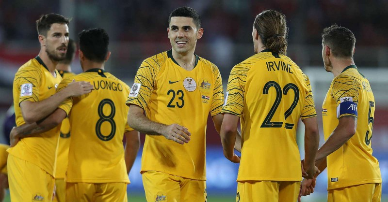Công Vinh sánh ngang Kiatisak; Tuyển Úc không đấu AFF Cup - ảnh 5