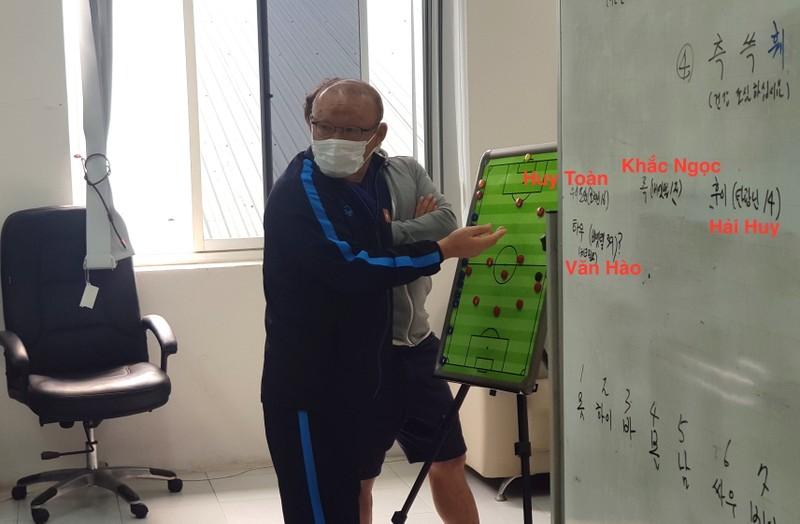 Ông Park 'lộ' các nhân tố mới; Cựu tuyển thủ Thái bị dọa giết - ảnh 4