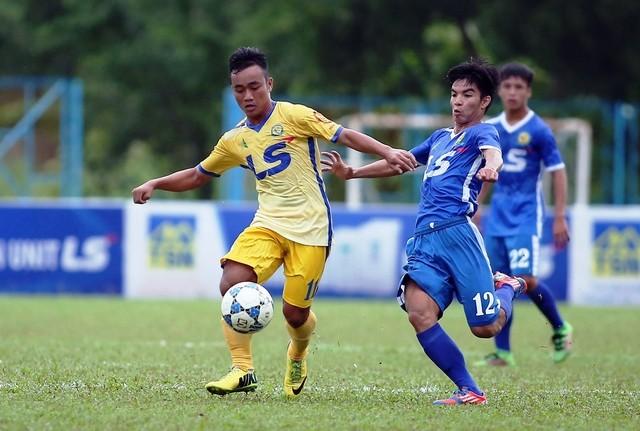 Văn Lâm bị động vì Thai-League, cầu thủ tiêu cực đấu hạng Nhất - ảnh 1