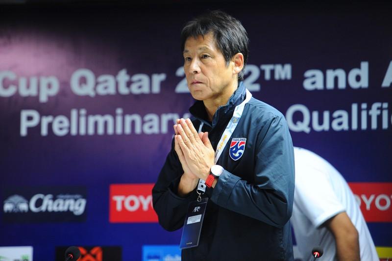 Nishino lo ngại CLB Thái giữ quân; Martinez thêm 2 năm ở Bỉ - ảnh 1