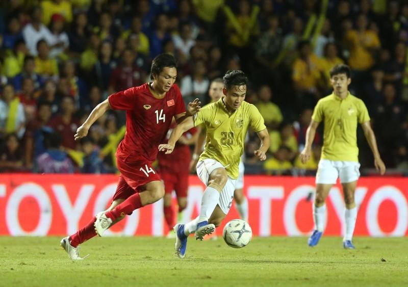 Giải đấu Việt Nam hạ Thái Lan 'lạc nhịp'; Cựu cầu thủ bị giết - ảnh 2