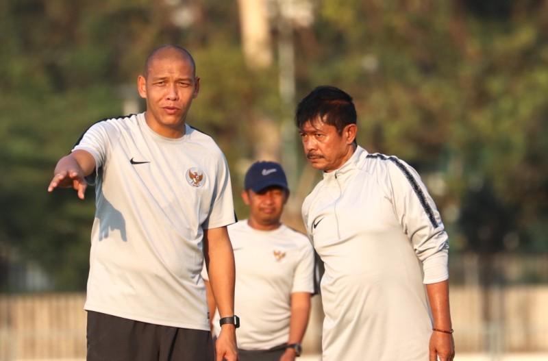 BHL tuyển Indonesia bị chậm lương; Cấm suốt đời HCB Olympic - ảnh 1