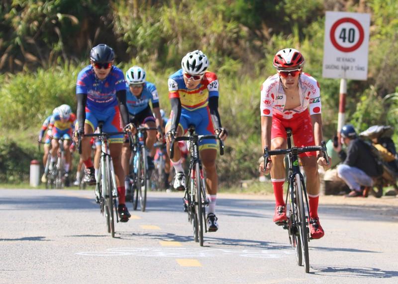 """Đội xe đạp TP Hồ Chí Minh đoạt cú """"ăn 5"""" sau đỉnh đèo Prenn - ảnh 2"""