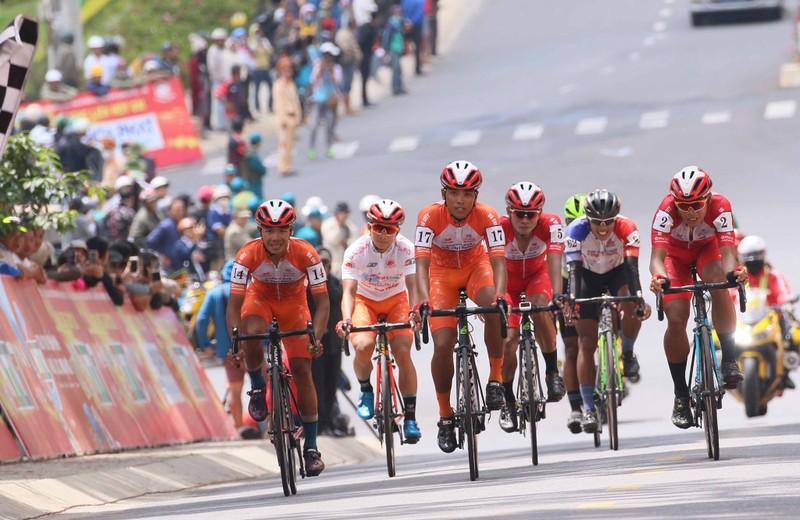 """Đội xe đạp TP Hồ Chí Minh đoạt cú """"ăn 5"""" sau đỉnh đèo Prenn - ảnh 5"""